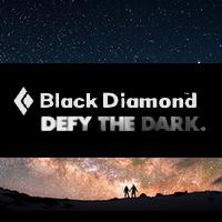 Акция DEFY THE DARK от Black Diamond - Купи трекинговые палки и получи налобный фонарь в подарок!