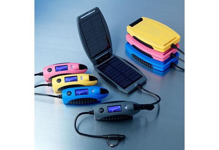 Портативное зарядное устройство Powertraveller Powermonkey Explorer